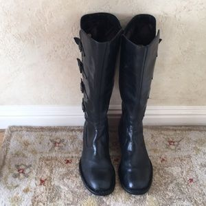 BORN KneeHi Black Leather Boots 7.5 w/Buckles